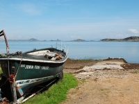 boat-small-isles-bay