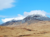 paps-of-jura-snow