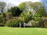 jura-house-garden-3